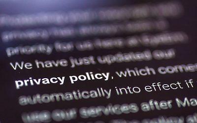 Så länkar du till integritetspolicyn i dina formulär med Divi